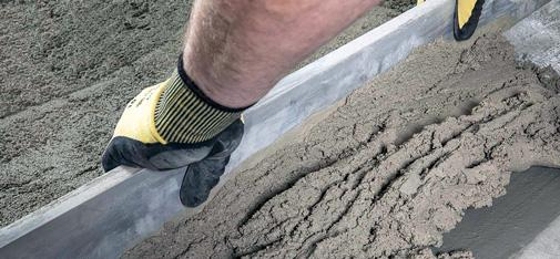 Powerscreed RS, the new rapid screed from  MC-Bauchemie, combines a long processing time of two to three hours with very rapid strength development.